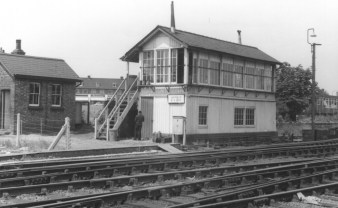 Hatfield No 3 Signal Box - 2 1960 ©