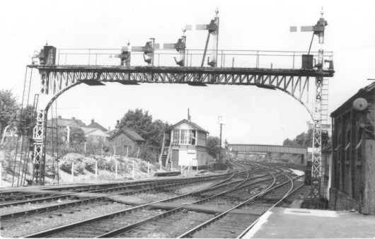 Hatfield Signal Gantry for St Albans Branch 1960 ©