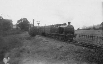 Hatfield Train with class N2 leaves Abbey Stn 1935