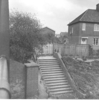 Lemsford Rd Halt Entrance 1968