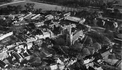 Old Hatfield from the air postcard