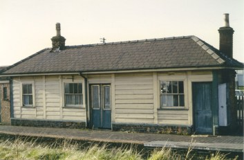 Smallford - 26 Closeup of Station Building March 1967