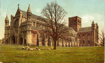 St Albans Abbey Postcard ©