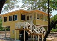 Gallery: A small beach house on a Caribbean island | Small ...