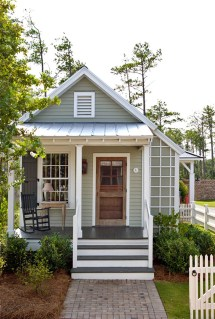 Small Cottage Exterior Paint Colors