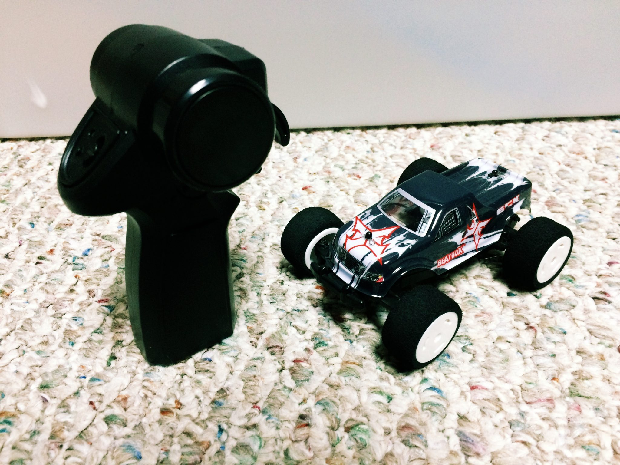 A little bit rock and roll: Reviewing the ECX BeatBox 1/36 Monster Truck