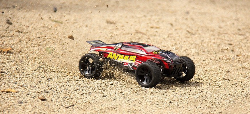 Two Amazing (and Budget-friendly) R/C Trucks from Helion