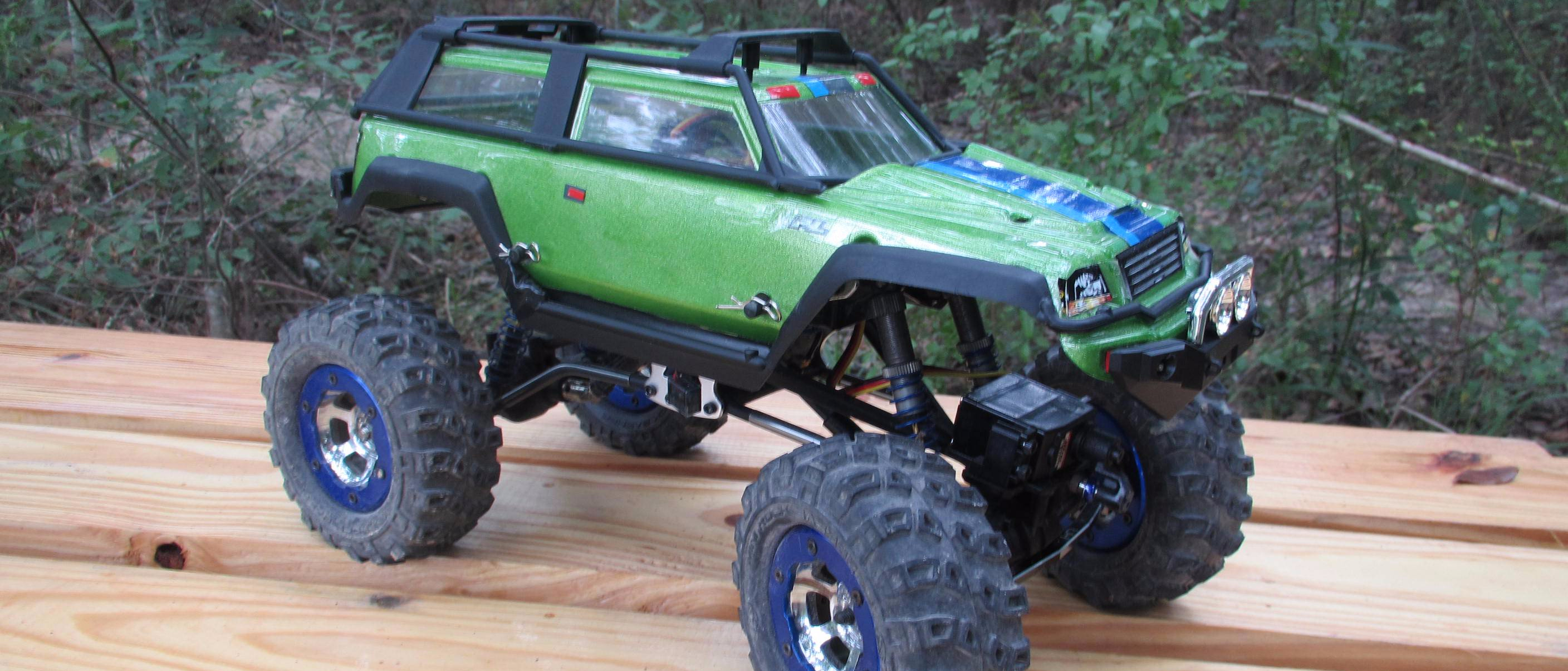 1/18-scale Losi Crawler