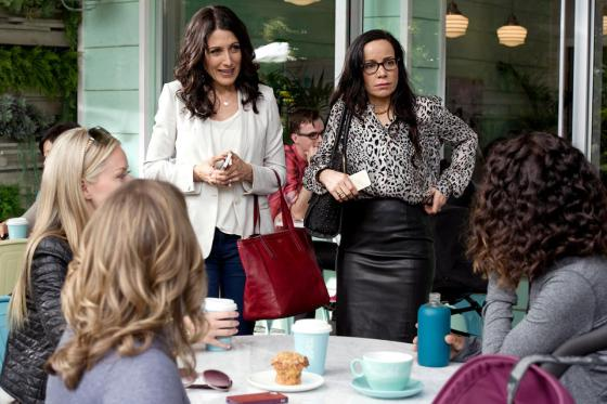 girlfriends guide to divorce pictures 2 - Copy