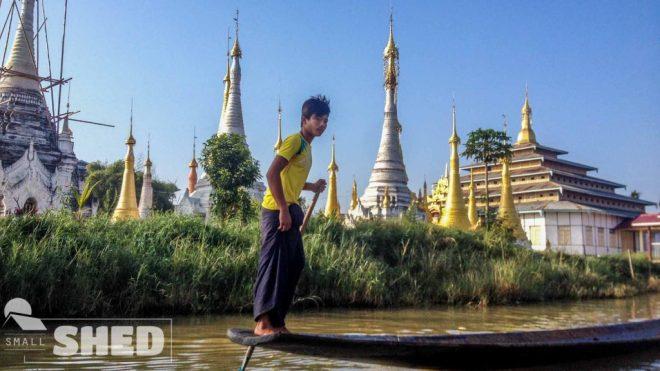 inle lake - boat - pagoda