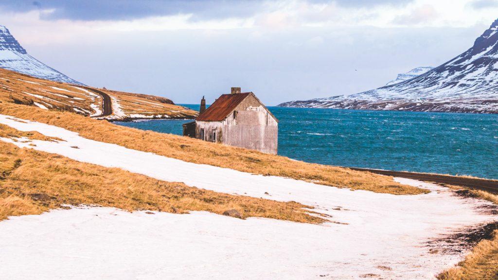 Casa-abbandonata-Seydisfjordur