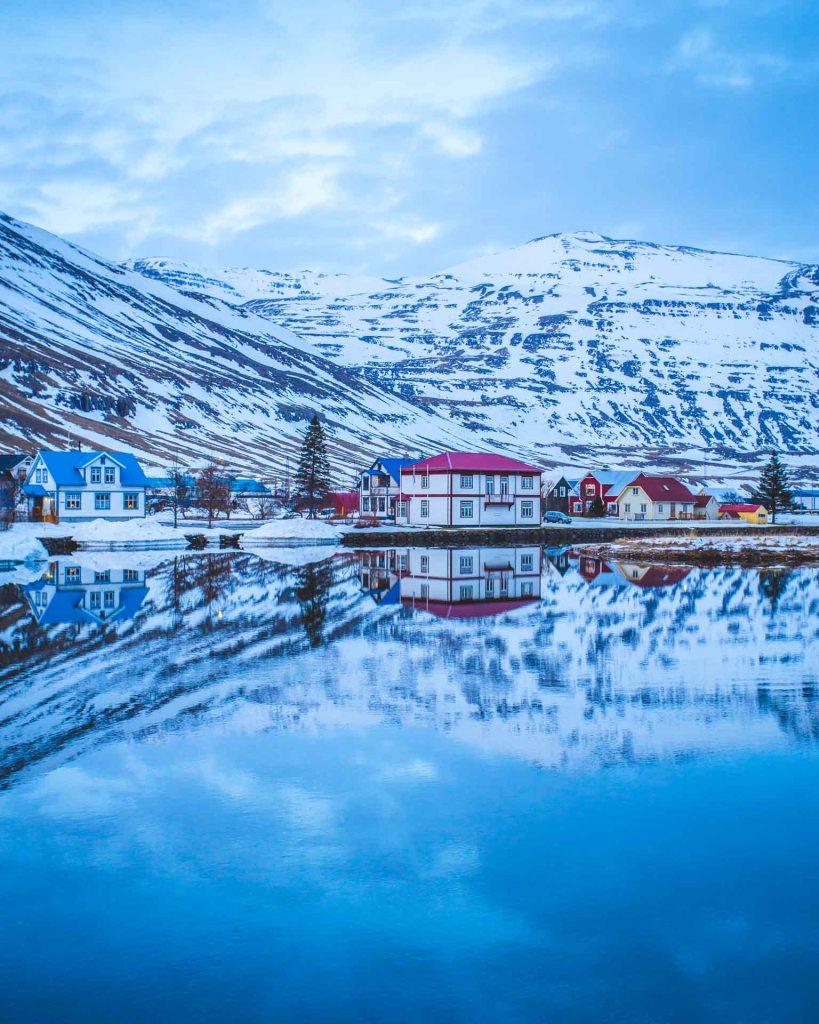 Blue Hour Seydisfjordur Islanda