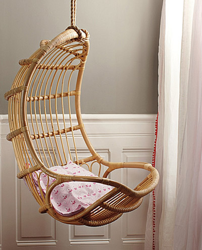 hanging chair serena and lily black wood dining chairs rattan home interior design under the influence la dolce vita