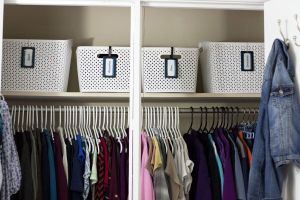 I was so sick of having clothing piled up all over our bedroom floor. This organizing tip helped me organize my bedroom once and for all.