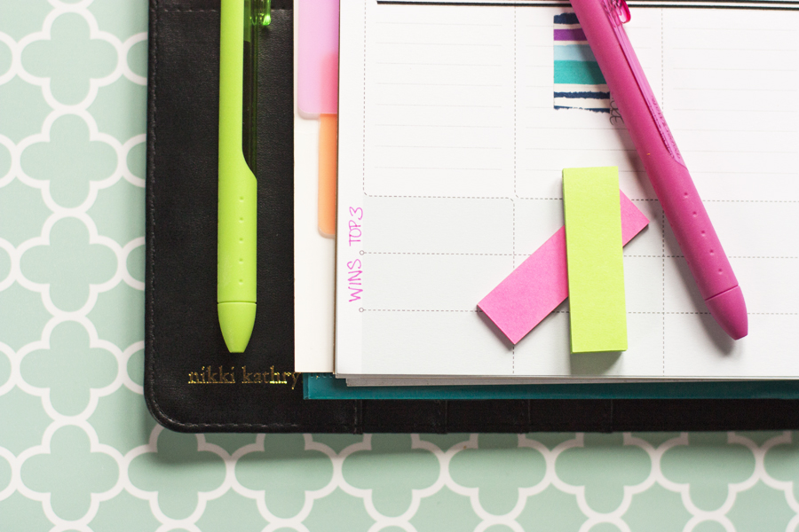 I love paper planners! This is a great tour of the Inkwell Press planner and how she's using it to stay organized. Time to get organized with a planner of my own!