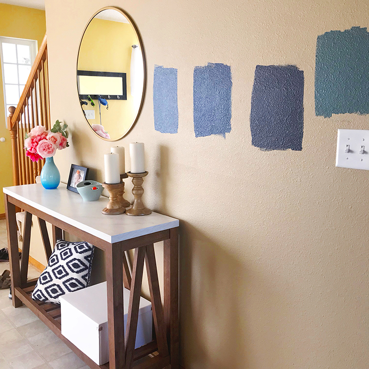 blue-paint-colors-in-entryway