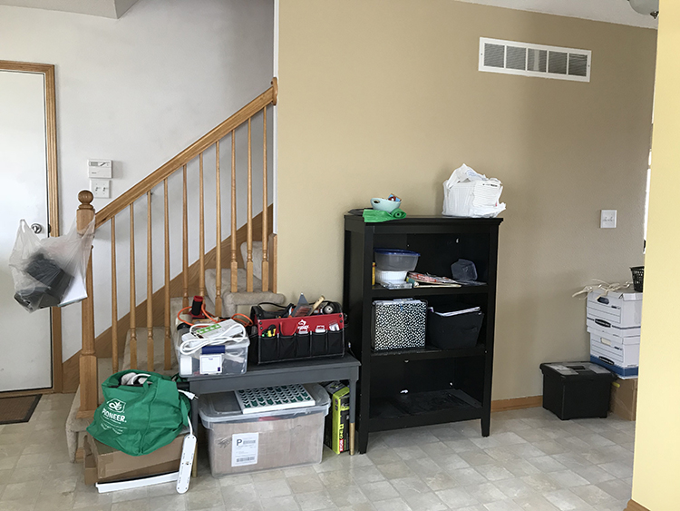 messy-small-entryway-makeover