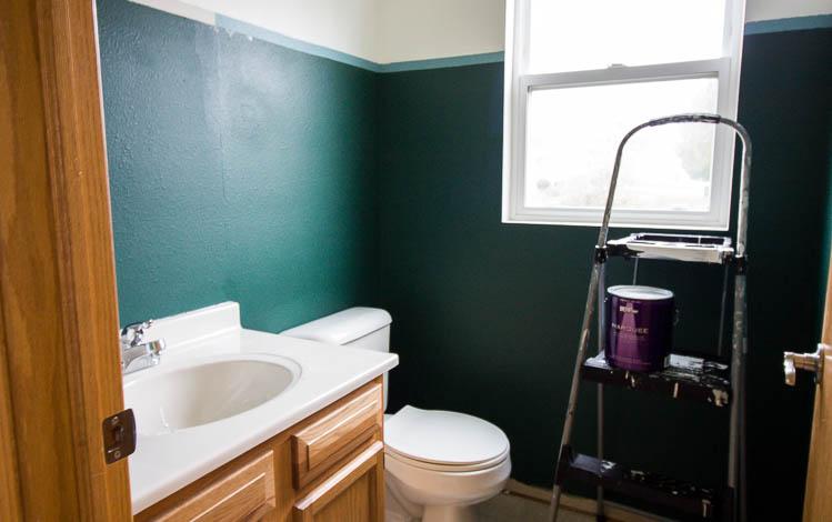 painting-a-small-bathroom-dark-green