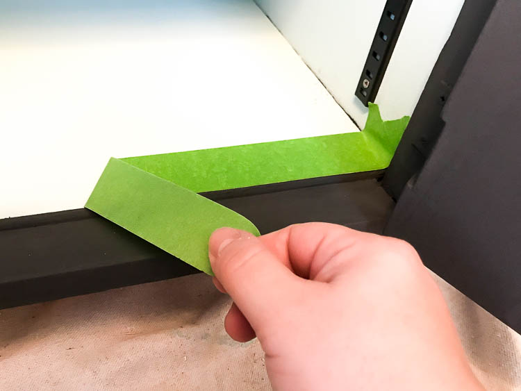 frog-tape-on-cabinet