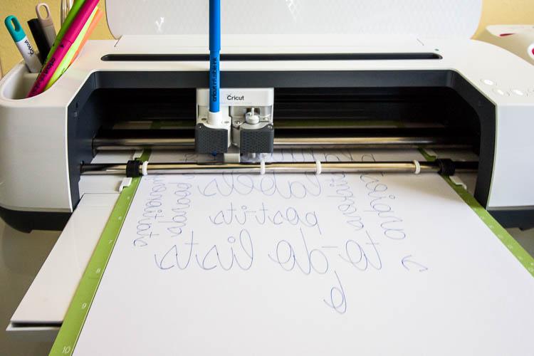 cricut-maker-drawing-words
