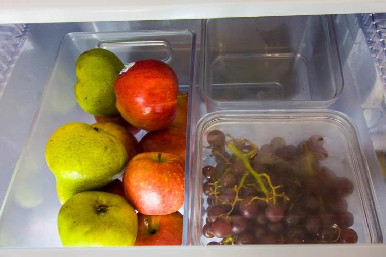 organized-fruit-drawer-in-french-door-fridge