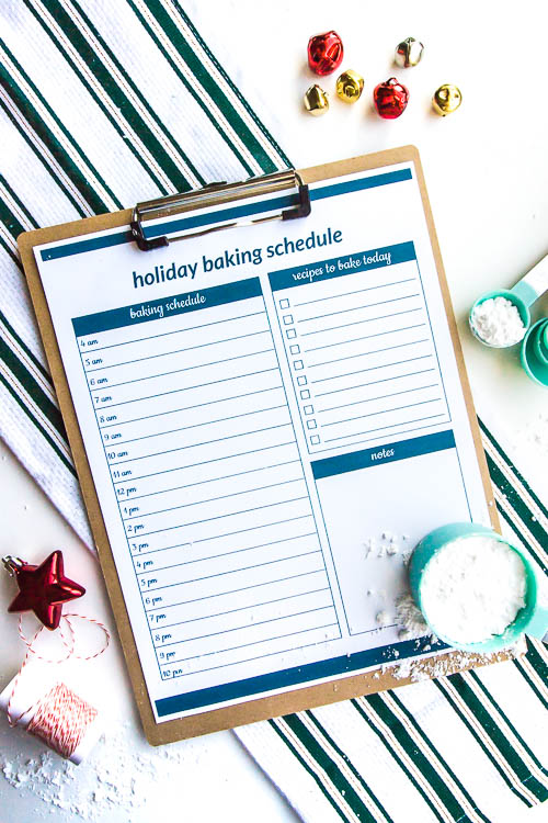 christmas-cookie-baking-schedule-on-a-clipboard