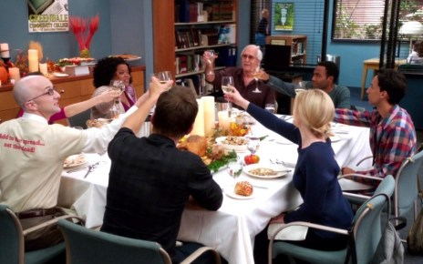 Community - Community – 4×05 – Cooperative Escapism in Familial Relations 4X5 Study group Thanksgiving e1364552915453