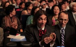 Cédric Villani n'a pas de médaille Fields en chocolat.  (Crédit : Haut et Court)