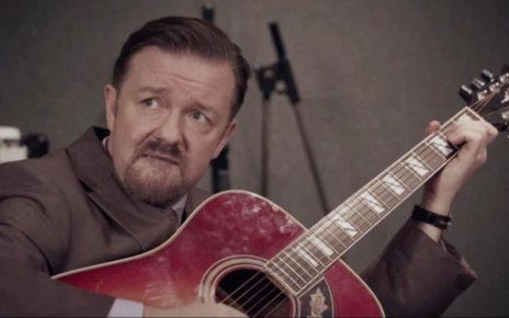 adaptation - The Office UK : le film, en quelque sorte Want to learn guitar with David Brent Here s how