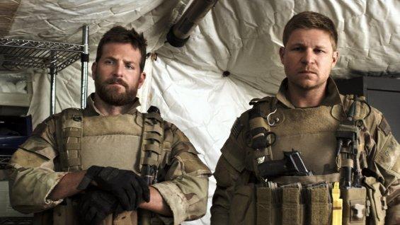 Bradley Cooper - American Sniper : Rétro-Viseur american sniper a l