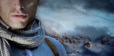 À l'état brut : 2ème tome de la série «Meurtres en Alaska»