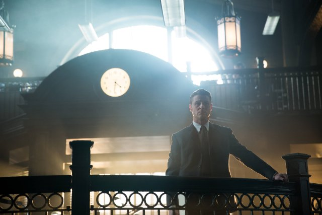 Gotham 1×19 : Beasts of Prey