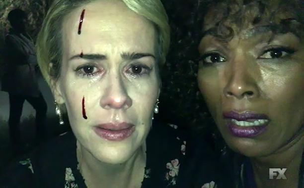 Roanoke - American Horror Story Roanoke épisode 7 : l'incohérence de trop ahs recap s6e7