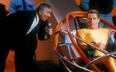 2017 - Les films qui se passent en 2017 Running Man Arnold Schwarzenegger 1