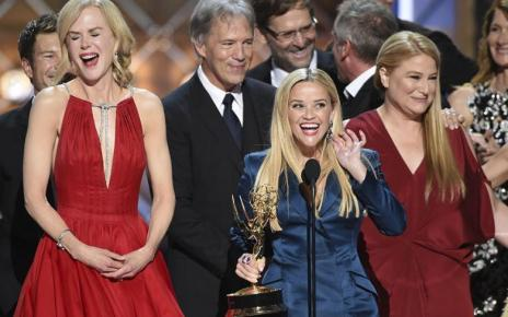 emmy awards - Emmy Awards : le palmarès 2017 avec The Handmaid's Tale, This Is Us, Veep... emmy 2017