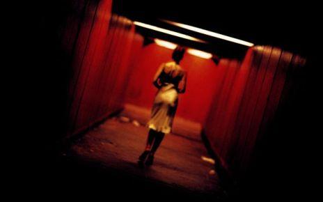 autopsie d'un classique - Irréversible de Gaspar Noé (2002) https fanart.tv fanart movies 979 moviebackground irreversible 5801048cb6302