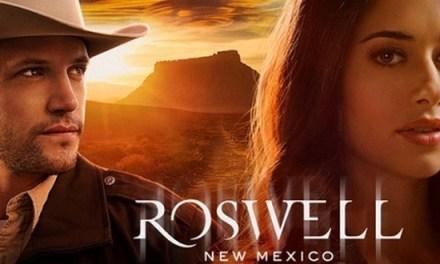 Roswell, New Mexico : le trailer de la nouvelle adaptation des romans