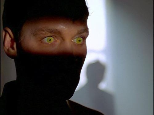 x-files - X-Files a 25 ans! 25 faits marquants par Iris sur Aux Frontières Du Réel.