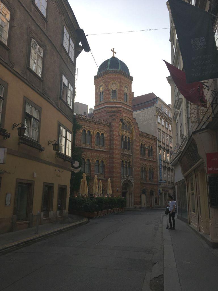 Running Streets of Vienna