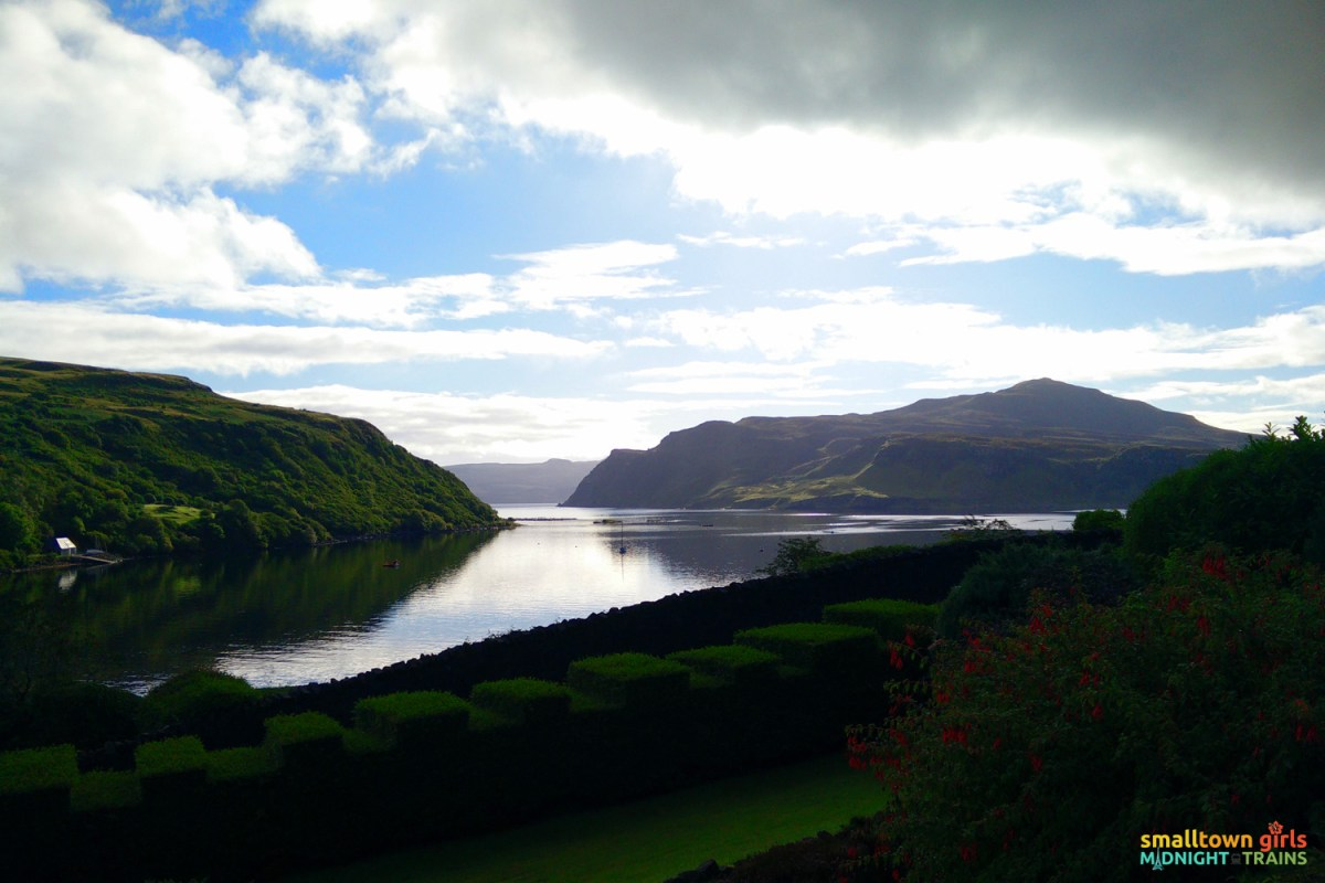 Scotland_Skye_Portree_Views_02