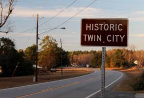 Twin City Sign