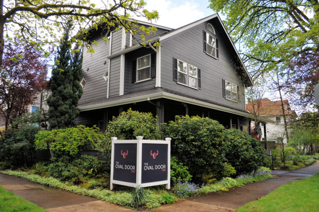 Get Pampered At The Oval Door Bed And Breakfast In Eugene Or