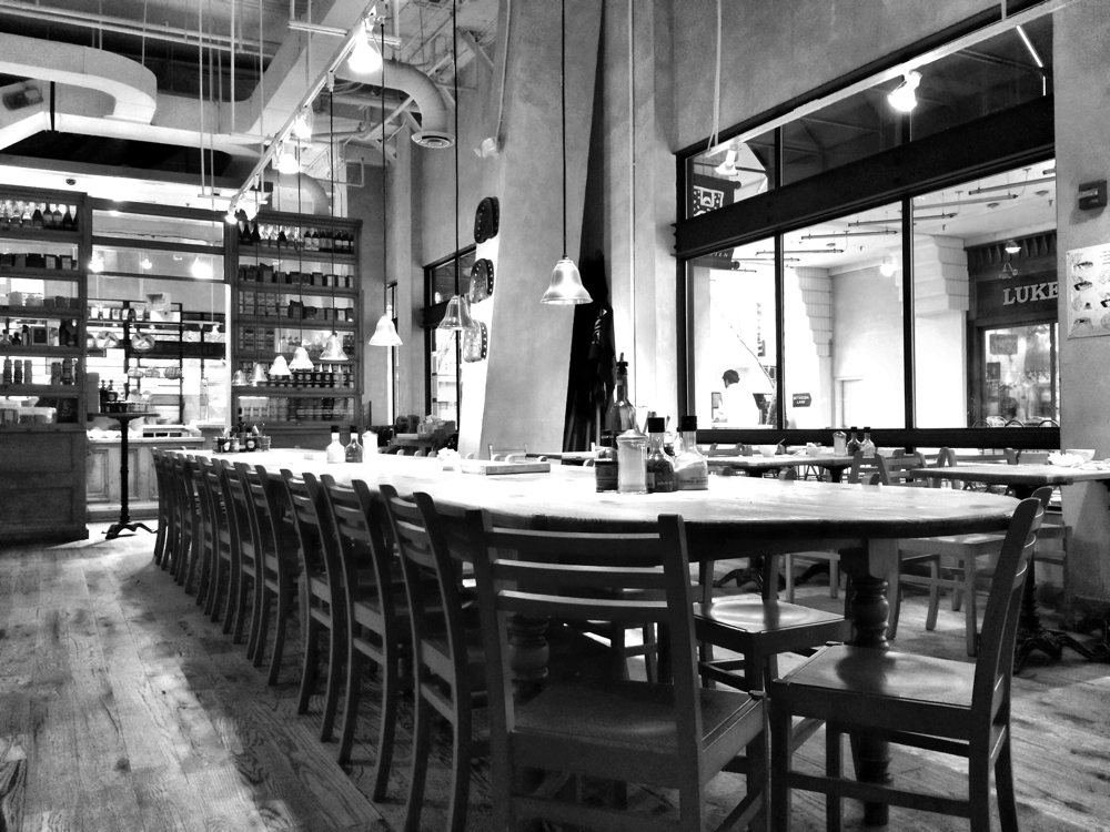 A quiet day at Le Pain Quotidien in Bethesda with no one making use of the communal table