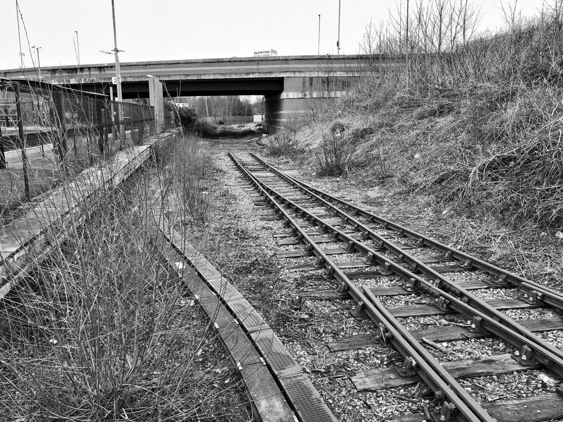 Disused platforms at aintree station on the merseyrail system