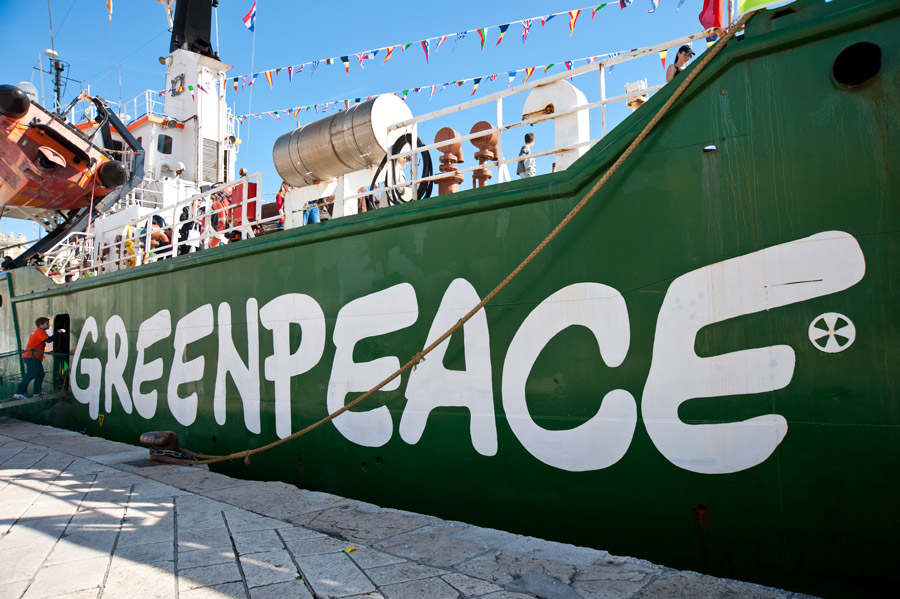 Small-World-Tv-GreenPeace