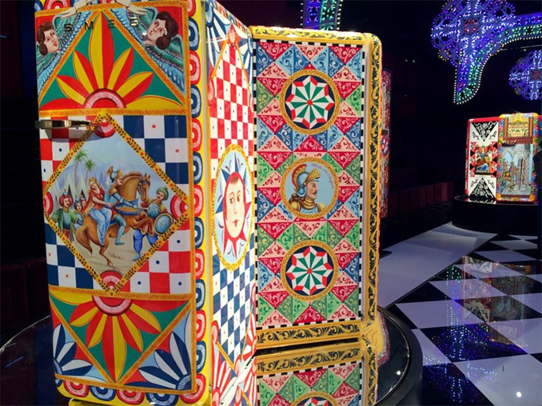 dolce-gabanna-smeg-frigorifero-d-arte-milan-design-week-2016-designboom-011-818x614