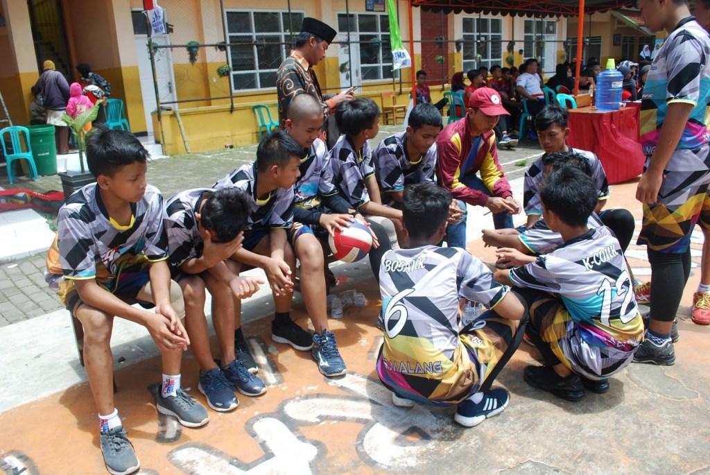 Atlet Voli SMP Malang Raya Junjung Sportivitas dalam SMANAS Cup 2020 20