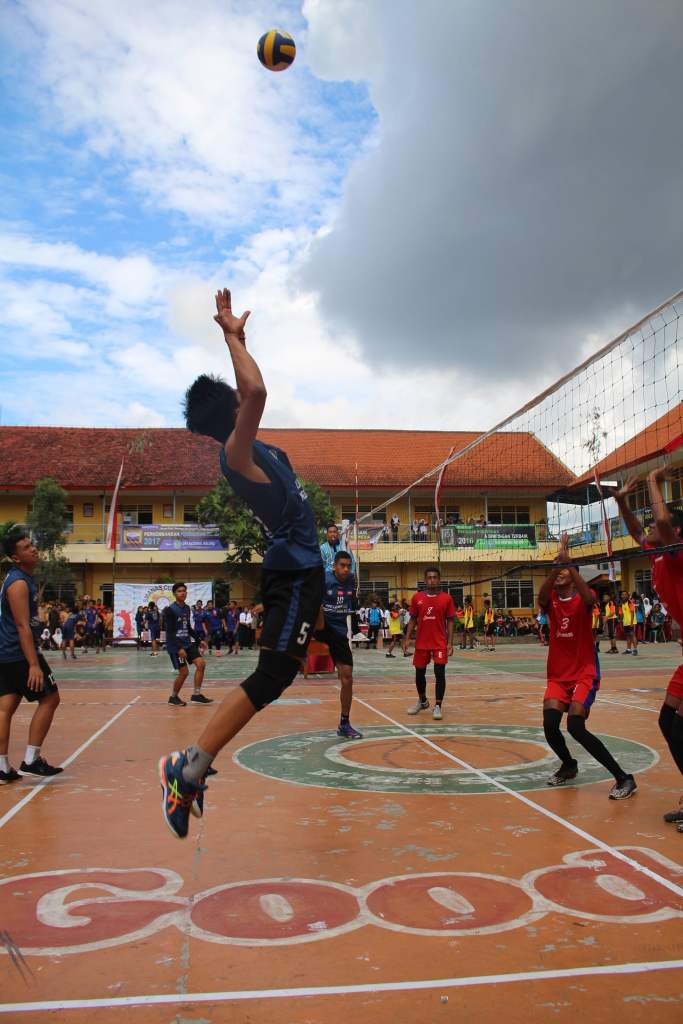 Atlet Voli SMP Malang Raya Junjung Sportivitas dalam SMANAS Cup 2020 7