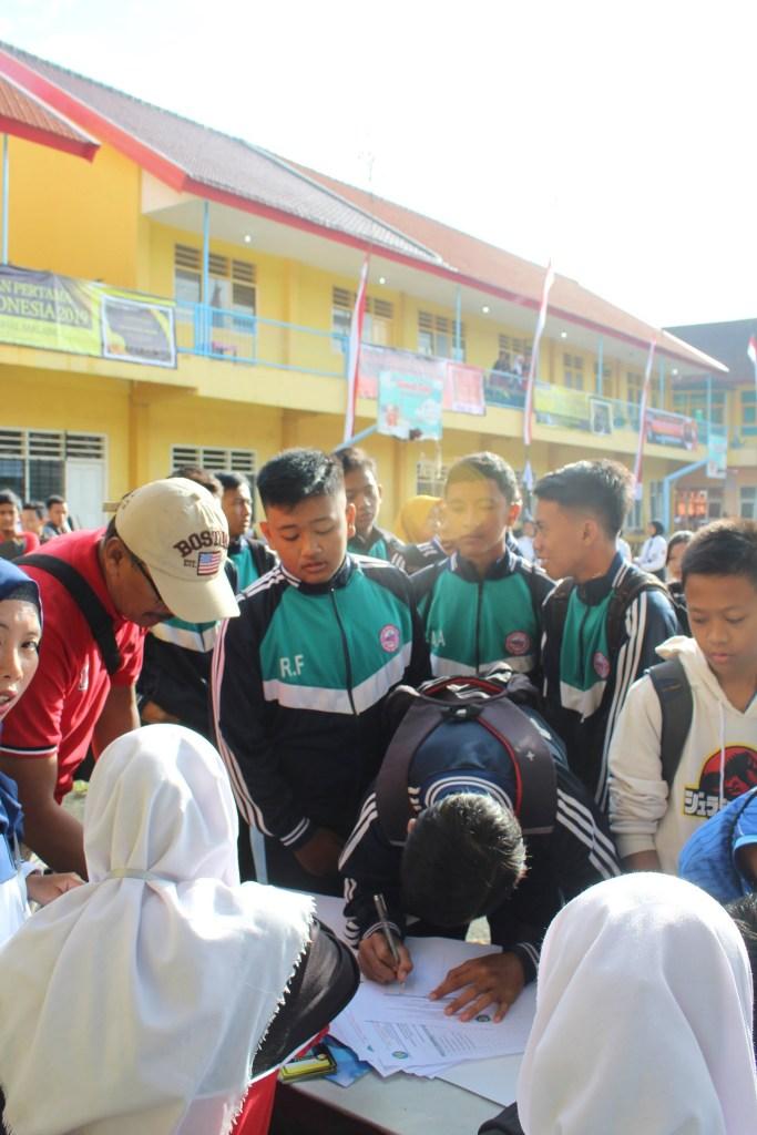 Atlet Voli SMP Malang Raya Junjung Sportivitas dalam SMANAS Cup 2020 9