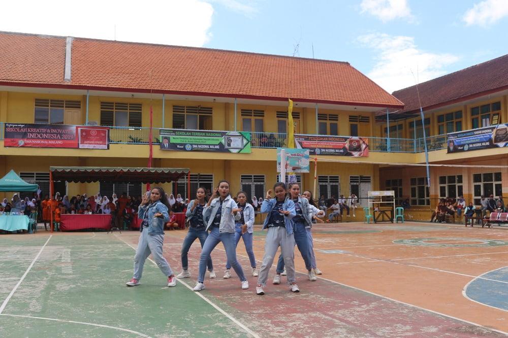 Gerakan Energik Iringi Peserta SMANAS Dance Competition 2020 7